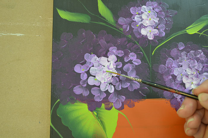 Purple hydrangeas details, Paint Hydrangeas in a Terra Cotta Pot