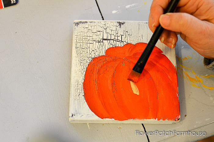 Add highlights to your pumpkin painting