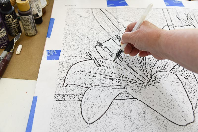 tracing over pattern to transfer painting pattern